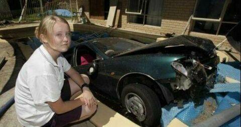 www.parsnaz.ir - عکسهای بسیار خنده دار شاهکار رانندگی خانم ها