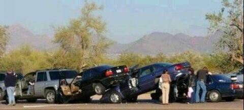 عکسهای بسیار خنده دار شاهکار رانندگی خانم ها