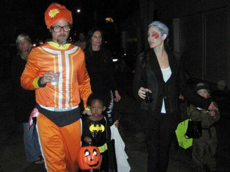 عکس آنجلینا جولی و براد پیت در جشن هالووین