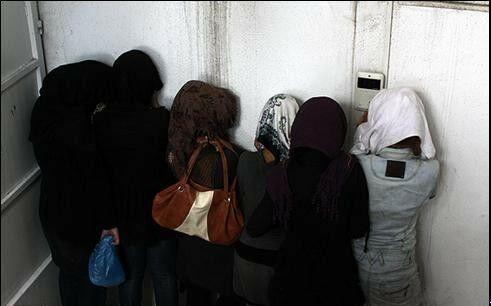 عکس های دستگیری دختران و پسران در پارتی مختلط