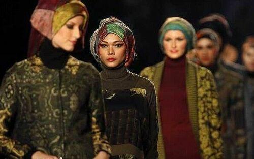 لباس های اسلامی بر تن مانکن ها + عکس