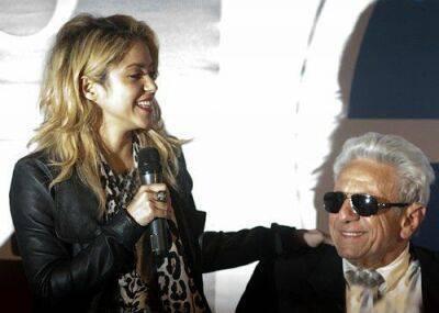 عکس های شکیرا خواننده ی معروف 34 ساله و پدرش