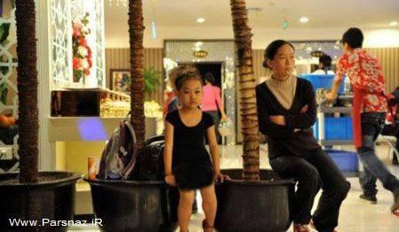 دختری برای کمک به خانواده مجبور است رقاصی کند + عکس