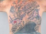 تایتانیک داستان غرق شدن کشتی را خالکوبی کرده است