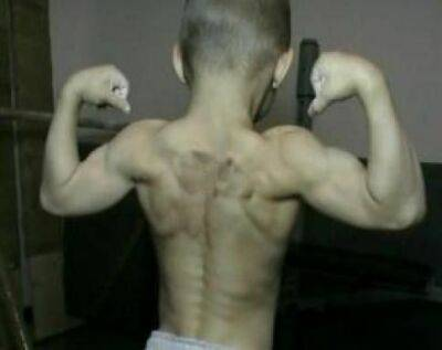 قویترین پسر بچه جهان با ۷ سال سن + عکس