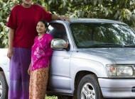 بلند قدترین دختر غول پیکر در تایلند + عکس
