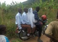 اینم یه نوع عروس بردن دیگه + عکس