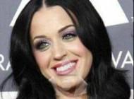 واکنش عجیب و جالب خواننده زن مشهور + عکس