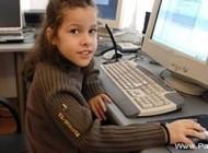 دختری که جوانترین کارشناس آی تی در جهان است + عکس