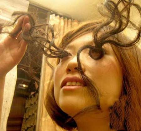 دختر عجیب چینی با مژه های نیم متری + عکس
