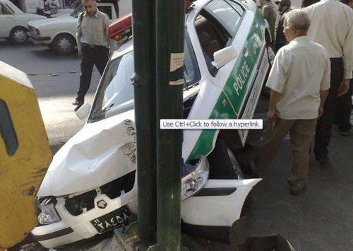 وقتی که ماشین پلیس تصادف می کند + عکس
