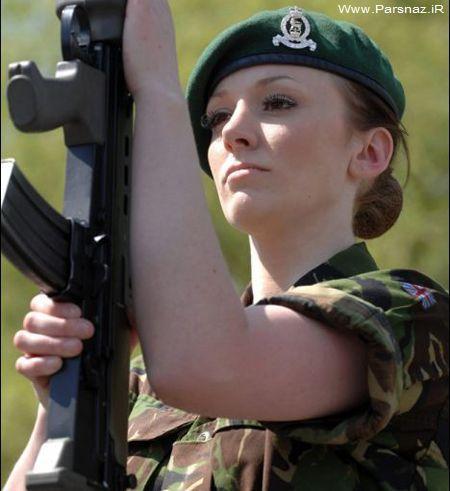 مدل زن معروف انگلیسی در عراق می جنگد + عکس