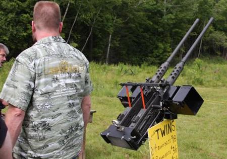 www.parsnaz.ir - عکس های دیدنی از تیراندازی به پورشه 911