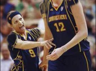 بلند قدترین بسکتبالیست زن دنیا به کما رفت + عکس