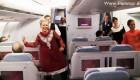 صحنه های دیدنی و رقص مهمانداران هواپیما به شیوه بالیوودی