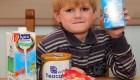 پسر زیبایی که تنها میتواند از چند نوع مواد غذایی استفاده کند