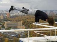 عکس هایی دیدنی از شجاع ترین جوان در کشور روسیه