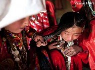 گریه و ناله این دختر کوچک به دلیل ازدواج اجباریش + عکس