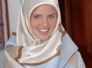 زیباترین و معروفترین مدل فرانسه مسلمان شد + عکس
