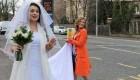 شوکه شدن مردم از اقدام جالب عروس اتوبوس سوار +عکس