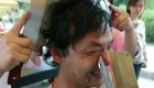 استفاده از عجیب ترین ماساژ با ساطور در چین + عکس