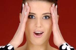آدامسی جدید وعجیب که چهره شما را زیباتر می کند..!