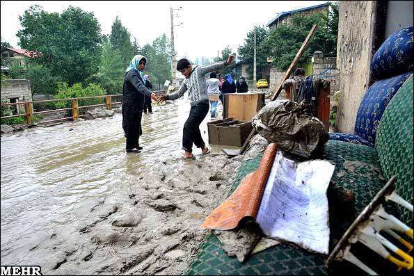 وقوع سیل رود بارک در کلاردشت (+عکس)