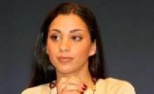 خواننده زن مشهور که عمداً مردان را ایدزی می کرد + عکس