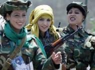 تصاویر جالب از دختران فارغ التحصیل دانشگاه قذافی !