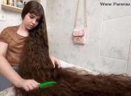 خبرساز شدن این دختر به خاطر موهای 1.5 متری + عکس