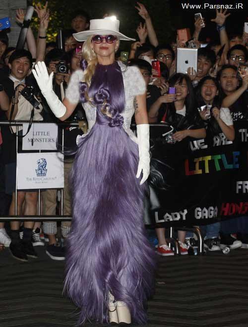 شوکه شدن مردم هنگ کنگ از لباس عجیب لیدی گاگا