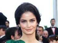 مدل و بازیگر ایرانی بر روی فرش قرمز در جشنواره کن + عکس