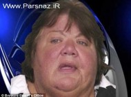 کار عجیب این خانم چاق در ایستگاه اتوبوس برهنه شد +عکس