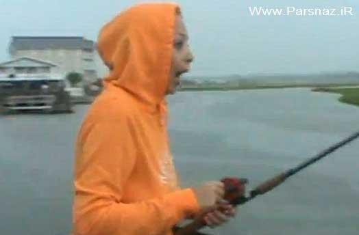 ترسیدن و شوکه شدن این دختر جوان در ماهیگیری + تصاویر