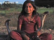 این دختر شجاع دوست خطرناک ترین مار جهان است + عکس