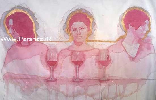 خلاقیت جالب این دختر 19 ساله با شراب قرمز + عکس