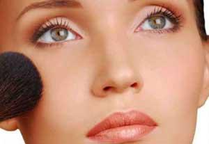 عوارض مهم در آرایش صورت