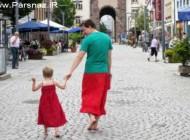 لباس زنانه پوشیدن پدری به عشق پسرش + عکس
