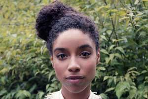 دختری 23 ساله پدیده جدید موسیقی دنیا نام گرفت + عکس