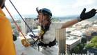 پرش این عروس خانم شجاع از طبقه بیستم + عکس