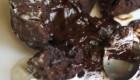 طرز تهیه دسر شکلاتی بسیار آسان و خوشمزه