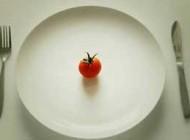 چند نکته مهم برای کسانی که رژیم غذایی دارند!