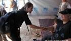 آنجلینا جولی در اردوگاه پناهندگان سوری در اردن + عکس