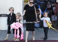 آماده شدن آنجلینا جولی و فرزندانش برای جشن هالووین