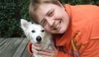 درمان بیماری این خانم جوان توسط یک سگ آموزش دیده
