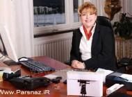یک زن ایرانی رئیس راه آهن سوئد است (عکس)