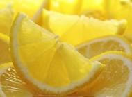 شش ماده غذایی مفید برای سم زدایی بدن