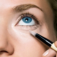 آموزش آرایش صورت توسط بابی براون..!