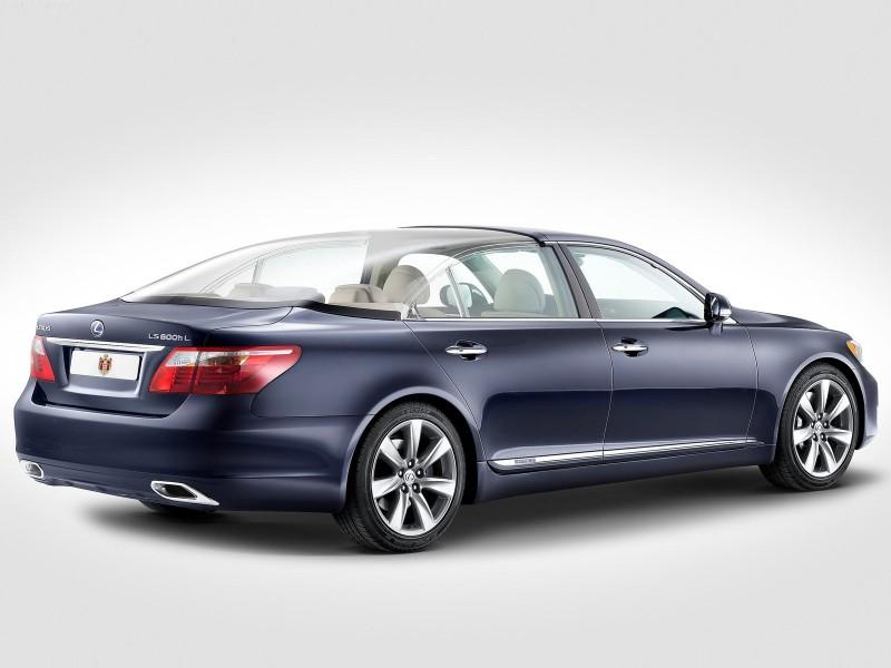 مدل جدید خودرو Lexus LS 600h برای شب رویایی یک شاهزاده