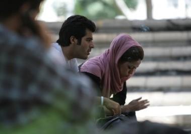 سیگار کشیدن دخترهای ایرانی (عکس)
